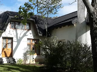Thatch Roof converted to Flexible Tiles: modern Houses by Cintsa Thatching & Roofing