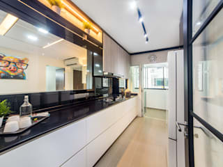 HDB Blk 293B Compassvale Crescent Modern kitchen by Renozone Interior design house Modern