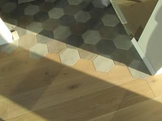 Pavimento: Soggiorno in stile in stile Moderno di Rina Agostino Architetto