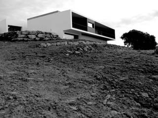 Modern houses by Cidades Invisíveis, arquitectura e design Lda. Modern