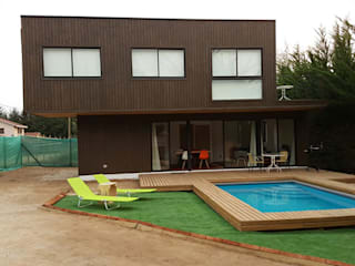 Houses by Lares Arquitectura