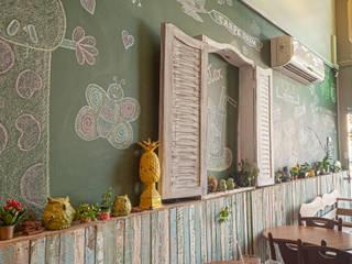 Monka Fit Food Edifícios comerciais rústicos por HOME Arquitetura Rústico