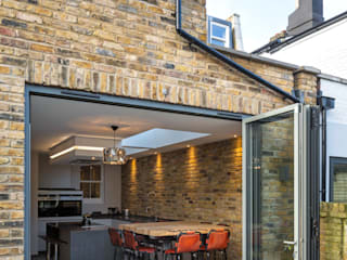 Nasmyth Street من Frost Architects Ltd ريفي