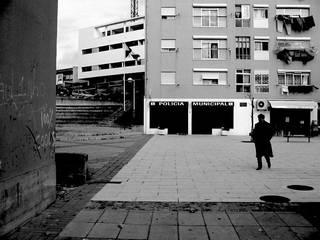 Lar de idosos - Obra de custos controlados/elevada eficiência energética Casas modernas por Cidades Invisíveis, arquitectura e design Lda. Moderno