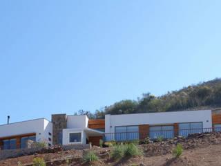 Territorio Arquitectura y Construccion - La Serena Mediterranean style house