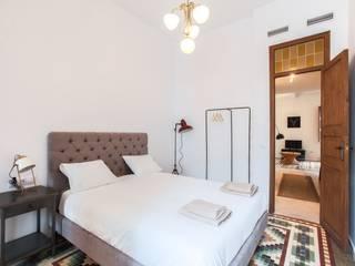 Reforma interior de vivienda piso Rimolo & Grosso, arquitectos Dormitorios de estilo moderno Madera Blanco