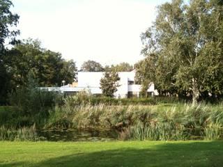 Vila Zuiderparkweg Moderne tuinen van Thomas Kemme Architecten Modern