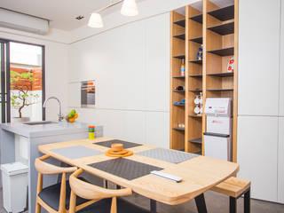 Dining room by 直譯空間設計有限公司, Modern