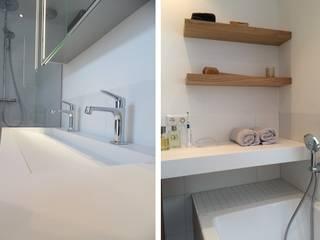 Baños modernos de Studio'OW Interieurontwerp Moderno