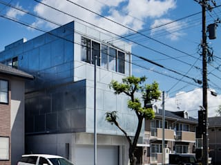 吉田裕一建築設計事務所 Casas de estilo moderno Hierro/Acero Metálico/Plateado