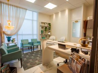 Klassische Praxen von Estúdio HL - Arquitetura e Interiores Klassisch