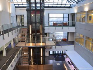 TRANSFORMATIE KANTOORPANDEN Moderne gangen, hallen & trappenhuizen van Gradussen Bouwkunst & Interieurarchitectuur BNA BNI Modern