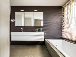 Casas de banho modernas por meier architekten zürich Moderno