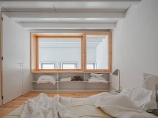Minimalist bedroom by Pedro Ferreira Architecture Studio Lda Minimalist