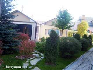 Место для отдыха в стиле итальянского садика: Дома в . Автор – Цветущий сад