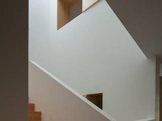 Casa Boavista Corredores, halls e escadas minimalistas por Pablo Pita Architects Minimalista