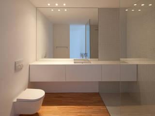 Pablo Pita Architects Ванна кімната