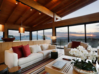 Casa de campo Salas de estar modernas por Laura Rocha Arquitetura Moderno