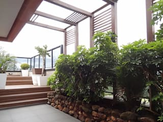 Bloco Z Arquitetura Rustic style balcony, veranda & terrace