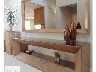 Minimalist corridor, hallway & stairs by Alessandra Orsi - Studio OKA Arquitetura Minimalist