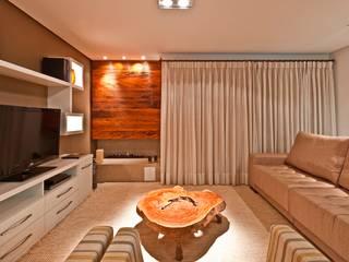 Casa Curitiba por Katalin Stammer Arquitetura e Design Rústico