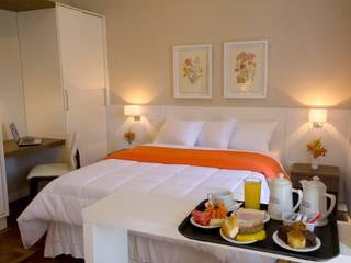 Hotel em Curitiba Hotéis modernos por Katalin Stammer Arquitetura e Design Moderno