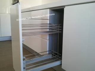 Cozinha branca:   por DCASAIDA
