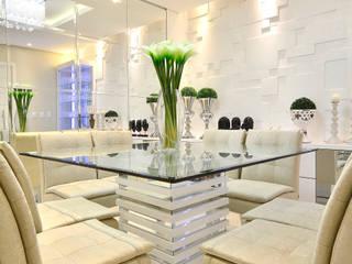 SALA DE JANTAR E ESTAR Salas de jantar modernas por Graça Brenner Arquitetura e Interiores Moderno