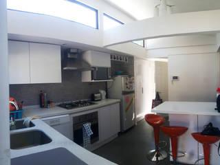 Remodelacion y ampliación Casa G. Toledo estudio Arquitectos Cocinas de estilo moderno
