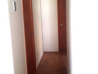 Remodelacion y ampliación Casa G. Toledo estudio Arquitectos Pasillos, halls y escaleras mediterráneos