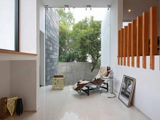 根據 All Arquitectura 簡約風 玻璃