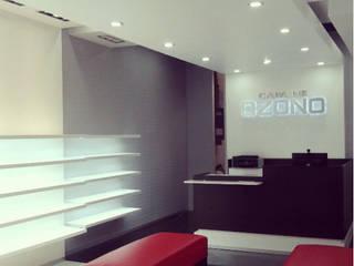 Capa de Ozono Salones modernos de Proyéctica Arquitectos Moderno