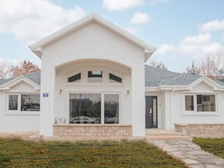 Mediterranean style houses by 꿈애하우징 Mediterranean