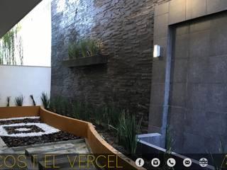 LAGOS DEL VERGEL Jardines modernos de MONACO GRUPO INMOBILIARIO Moderno