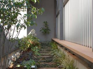 ちっちゃな家#138 モダンな庭 の アーツ&クラフツ建築研究所 モダン