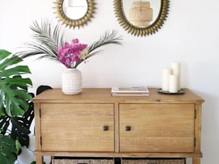 Salón, aparador :  de estilo  de White & Wood Home