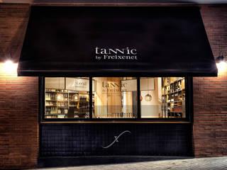 Tannic by Freixenet - Fachada: Espacios comerciales de estilo  de Inda Studio Barcelona