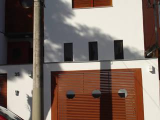 Häuser von Mina Arquitetura & Construções