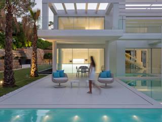 por JSH Algarve Arquitectura Lda