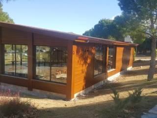 ÇETİNBAY ORMAN ÜRÜNLERİ – PAMUKKALE ÜNİVERSİTESİ KAFETERYA: modern tarz Evler