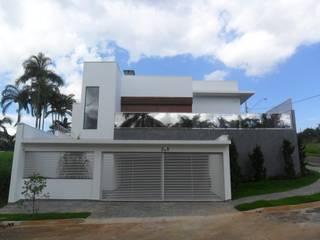 Residencia FH por Gustavo Bomfim ARQUITETURA E URBANISMO