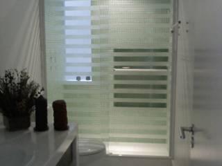 Banheiro social.: Banheiros  por HL Arquitetura & Design