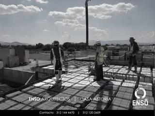 CONSTRUCCIÓN Y SUPERVISION DE OBRA: Casas de estilo minimalista por Enso Arquitectos