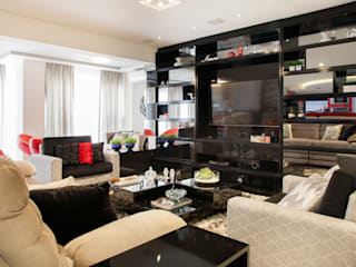 Гостиная в стиле модерн от Ahph Arquitetura e Interiores Модерн