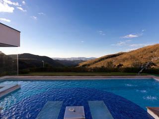 Pool by Patricia Abreu arquitetura e design de interiores