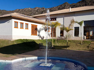 Casa SB: Jardins  por Patricia Abreu arquitetura e design de interiores,