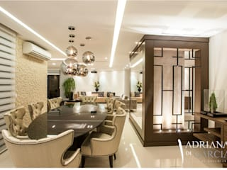 Adriana Di Garcia Design de Interiores Ltda Modern dining room