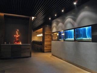 Oficinas y tiendas de estilo clásico de 直譯空間設計有限公司 Clásico