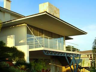Moderne Häuser von BRAVIM ARQUITETURA Modern