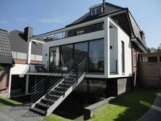Anbau in Groß Borstel Moderne Häuser von ARCHITEKT MECKLENBURG Modern